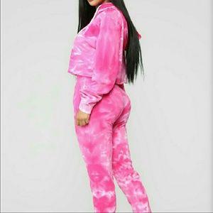 Womens tye dye crop jogger set